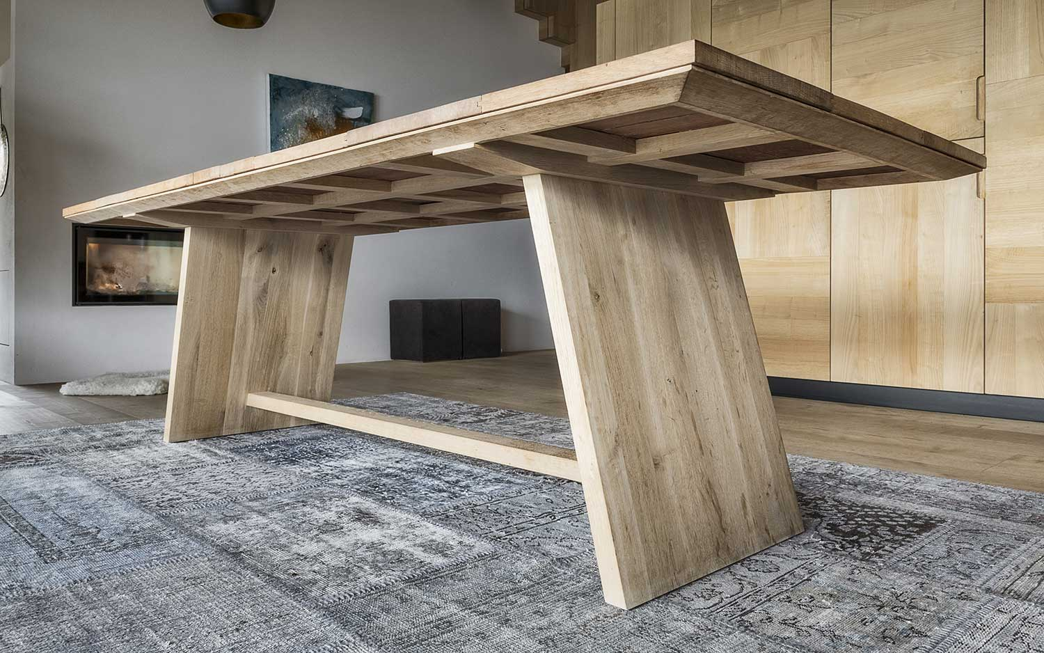 vine table - Weintisch - Tavolo di vino